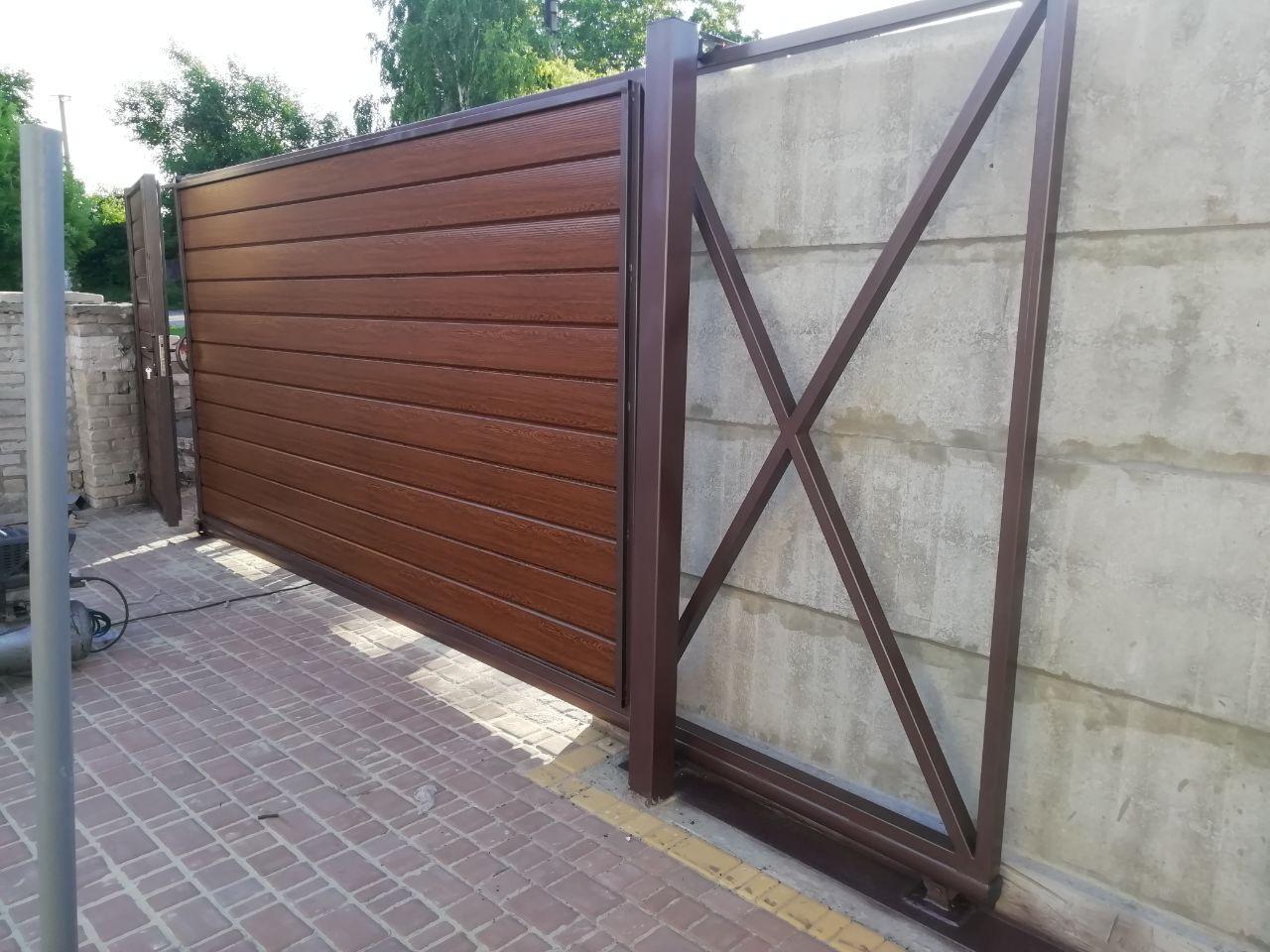 Установка калитки и откатных ворот г. Запорожья ул. Ярославская 136