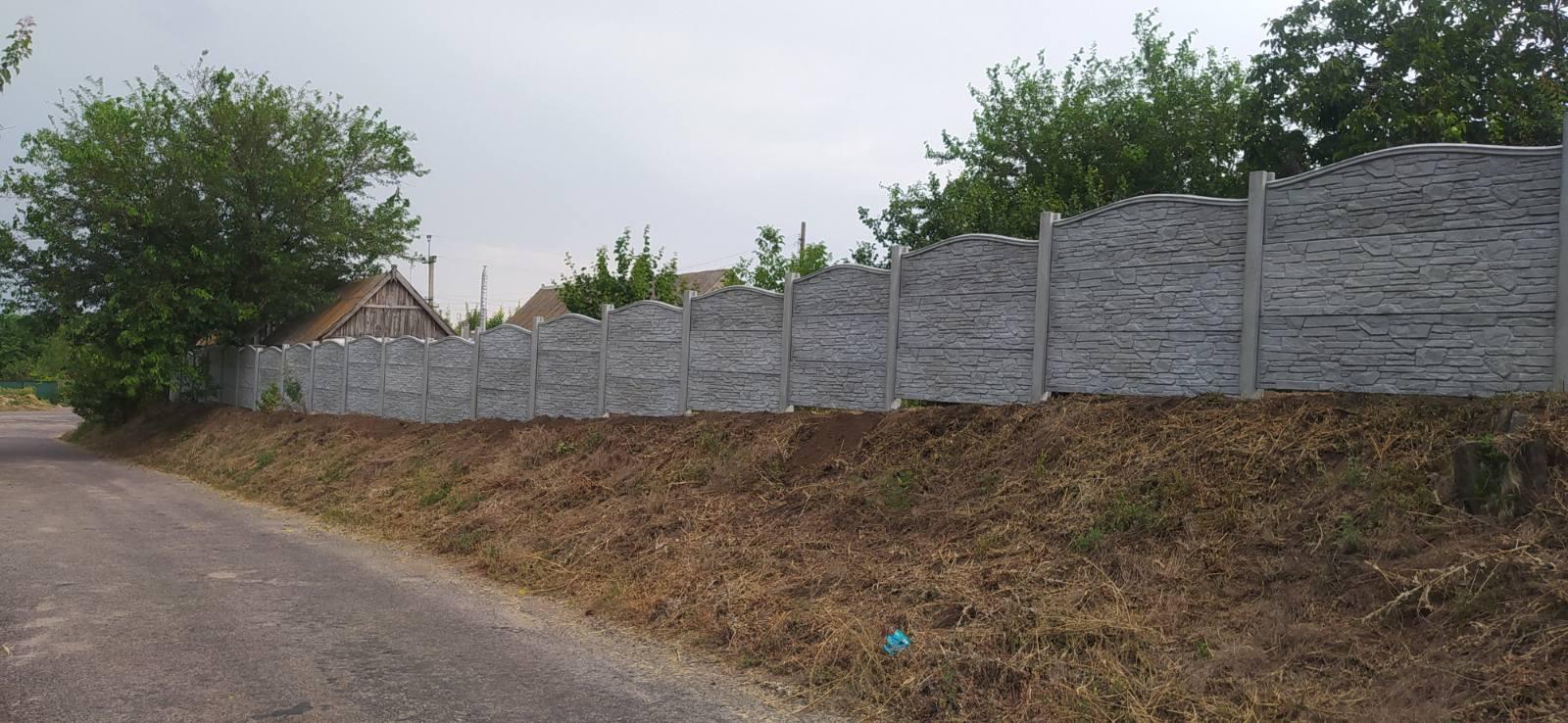 Установка бетонного забора с Верхня криниця (Попова) ул.Калинова 20